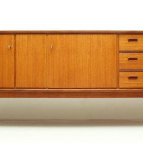 Teak Sideboard • Model TE 210