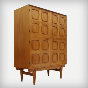 Teak Cupboard • Model FLOR 393