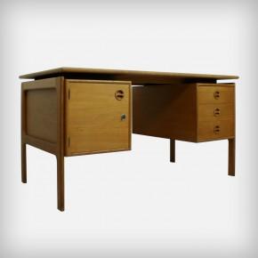 Oakwood Desk