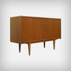 Small Teak Sideboard • Model Kopenhagen